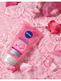 sữa rửa mặt nivea hoa hồng